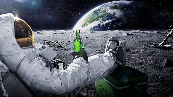 beers outer space Moon Earth funny spaceships relaxing Carlsberg ...
