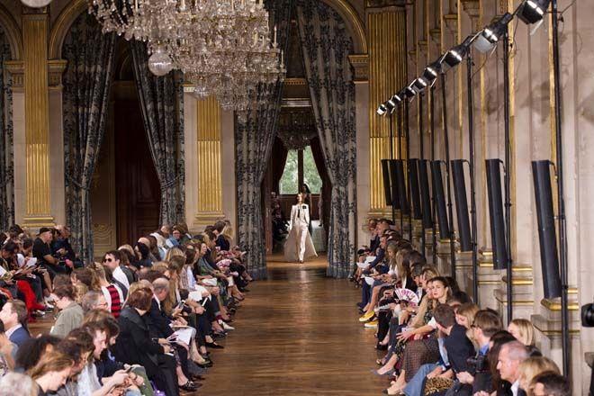 Paris Moda Haftası: Lanvin - Fotoğraf 1 - InStyle Türkiye