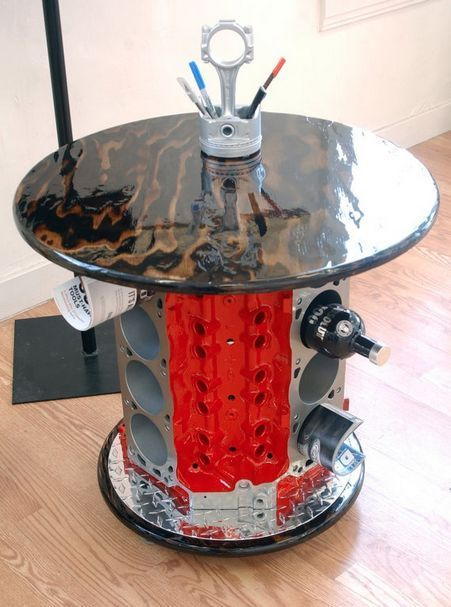 10 Coffee Tables Every Auto Enthusiast Needs In Their Life - V8 Coffee Table With Camshaft Lamp!!! Nice!!! Upcycling