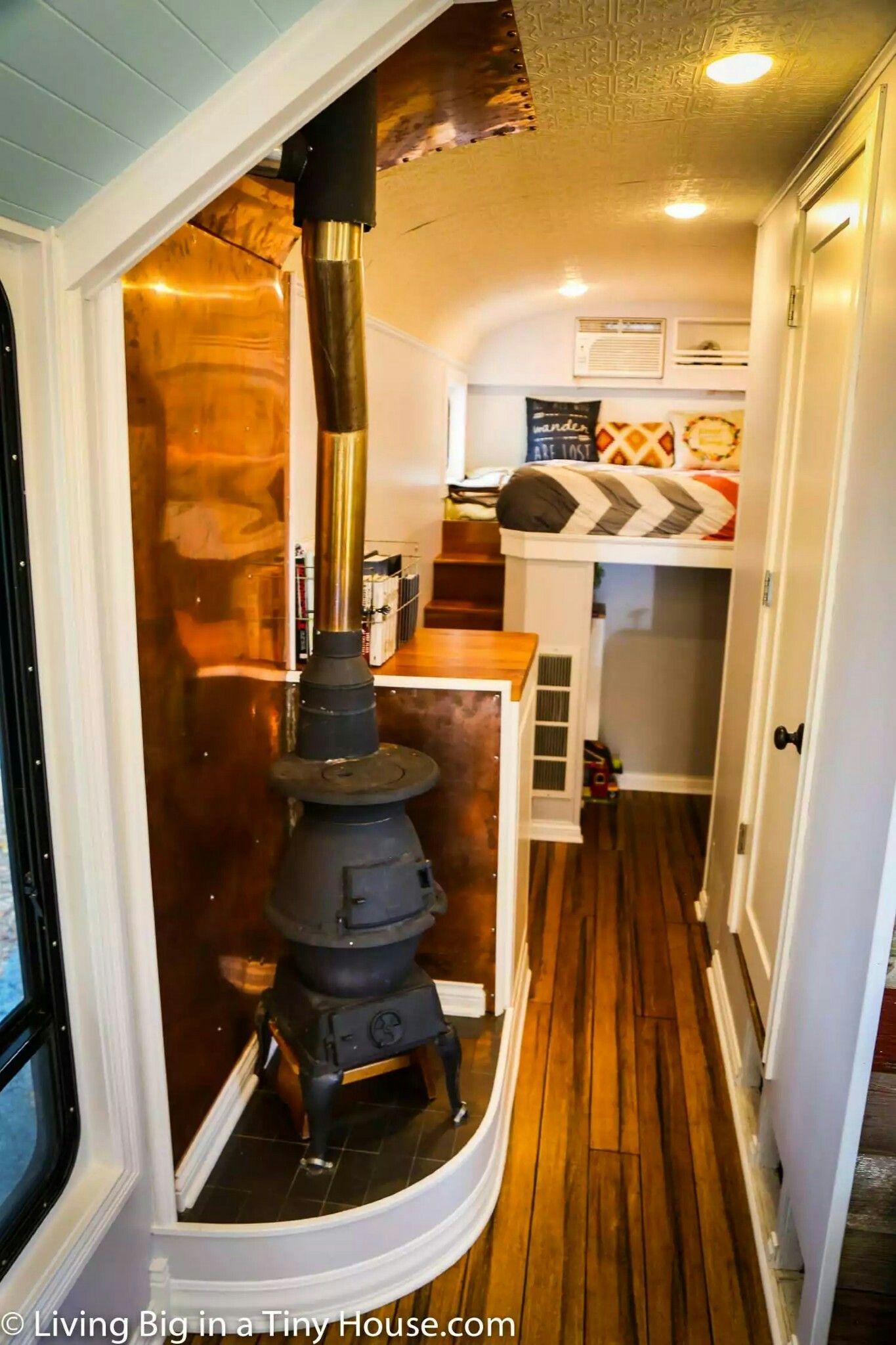 pingl par fiona powell sur make me this m f house pinterest roulotte fourgon. Black Bedroom Furniture Sets. Home Design Ideas