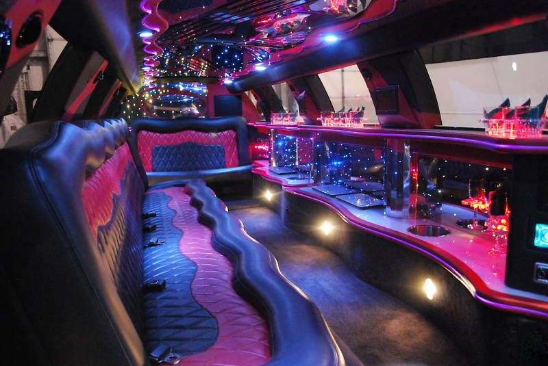 Looking For Exclusive And Luxurious Limo Services Alexis