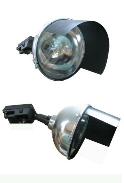 This 1000watt Metal Halide Sport Lighter Lighting Fixture Is Designed For Arena And Sports Facilities Applications Its Horse Arena Arena Sport Sports Arena