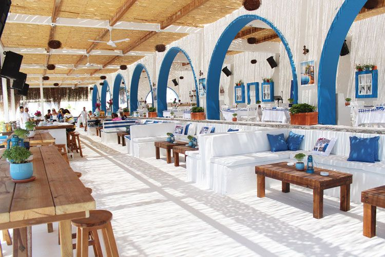 Tavern bobou boboubeach alacati cesme turkey for Aiyara thai cuisine menu