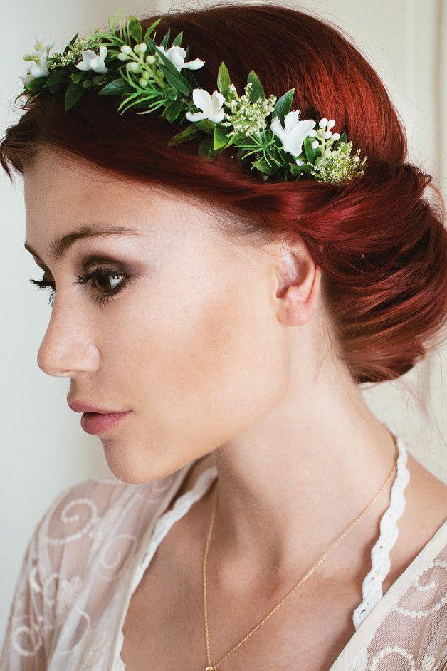 Natürlicher Blumenkranz für die Hochzeit von Manousche