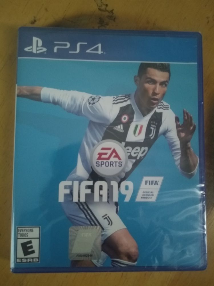 FIFA 19 Brand New Playstation 4 (PS4) Video game sales