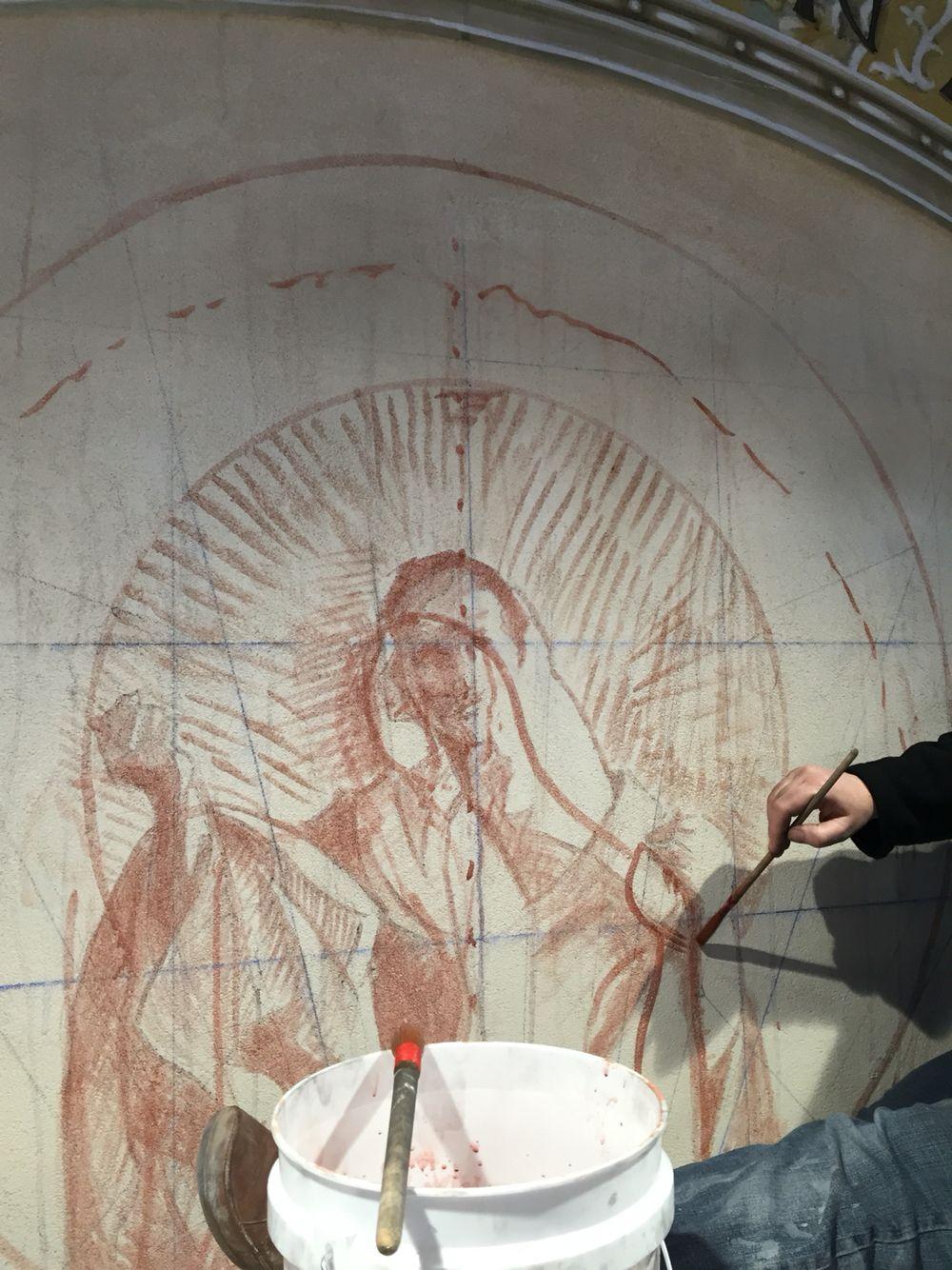 Ioana Belcea adjusts Sinopia in preparation for the painting of the main part of the fresco.  #frescoschool #sinopia #fresco #frescopainting #frescoschool #frescotechnique #setonschoolfresco #virginiafresco