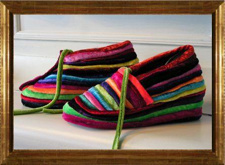 Leonadesign: zachte fluwelen sieraden, tassen, modeaccessoires en B&B Alegria