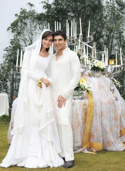 Wall69: Super Model Mehreen Syed & Ahmed Sheikh Nikkah Pictures