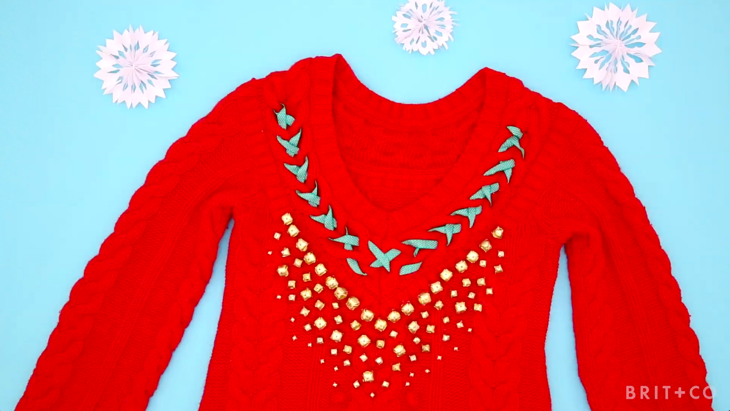 Photo of How to DIY a Tacky Holiday Sweater You'll Actually Want to Wear