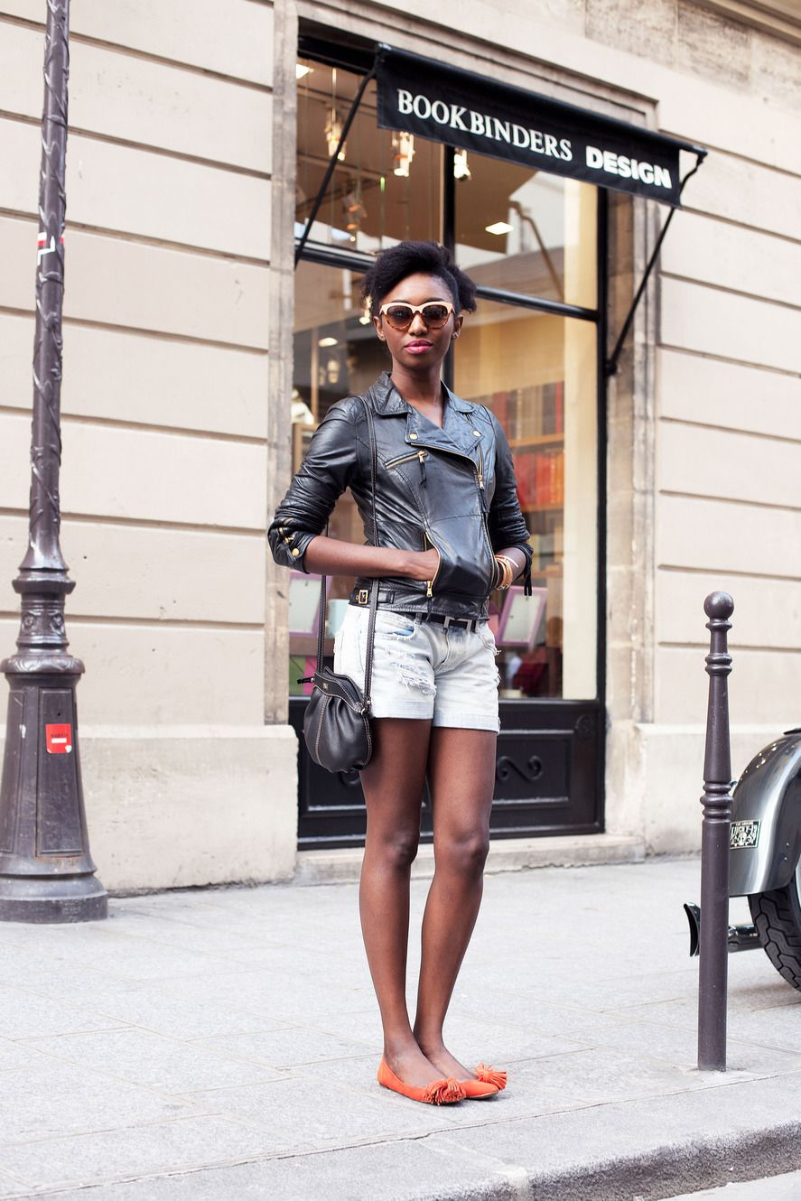 International Street Style In Paris Effortless Chic Lives On