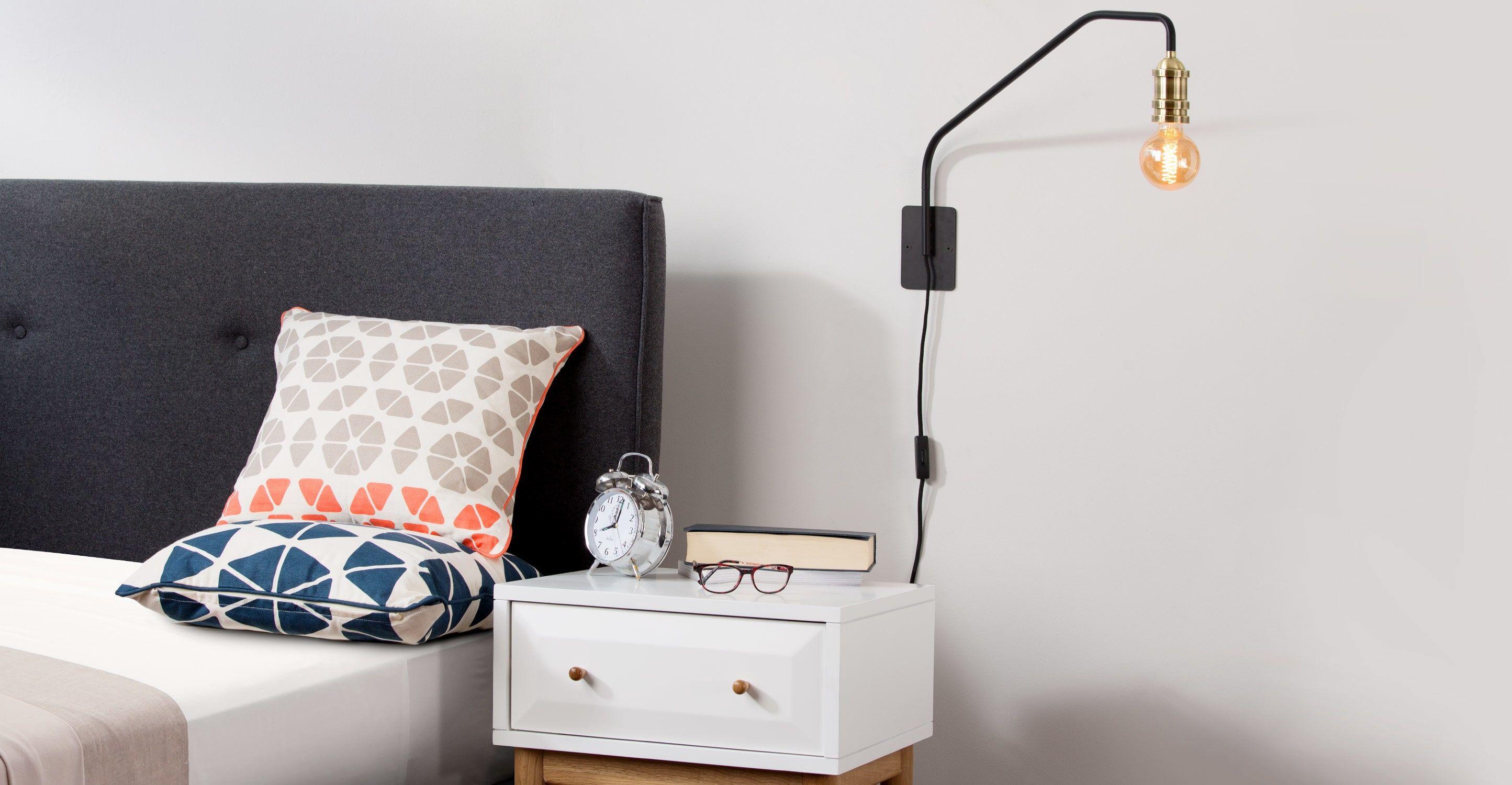 Starkey Wandleuchte, Schwarz und Messing | Lampe | Pinterest | Bedrooms