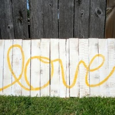How to Make Pallet Wall Art {wall decor}