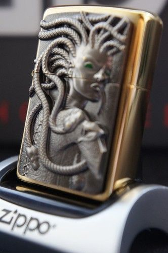 Zippo Lighter 24ct Gold Plated Special Edition 3d Green Eyed Golden Medusa Rare Unusual Zippo Lighters Cases And Acce Encendedor Zippo Mechero Encendedores