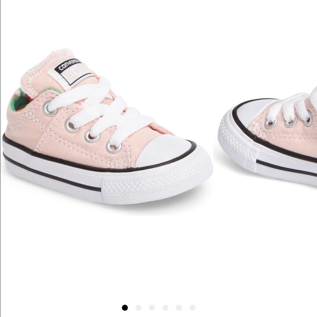 Light pink converse toddler 8 🍉 print