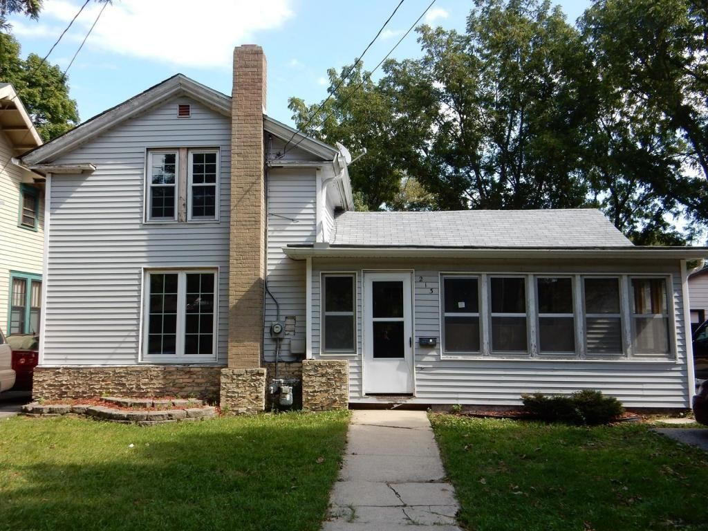 213 N Fremont St  Whitewater , WI  53190  - $64,900  #WhitewaterWI #WhitewaterWIRealEstate