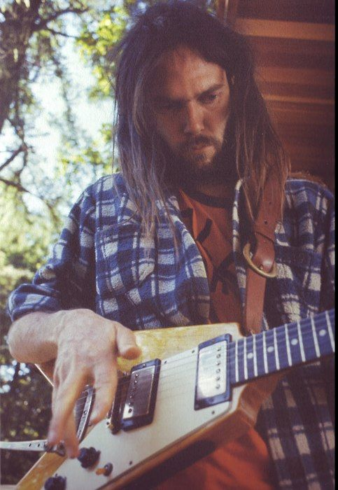 Neil Young 1972 (photo by Joel Berstein)