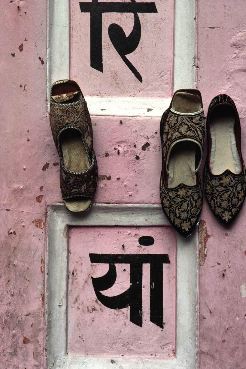 Rajastani Shoes. via Etsy.