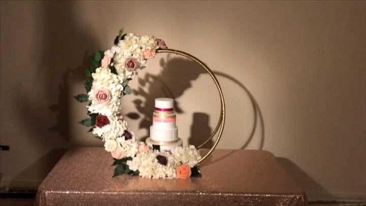 DIY- dollar Tree Hula Hoops cake stand  #diyweddingdecorations