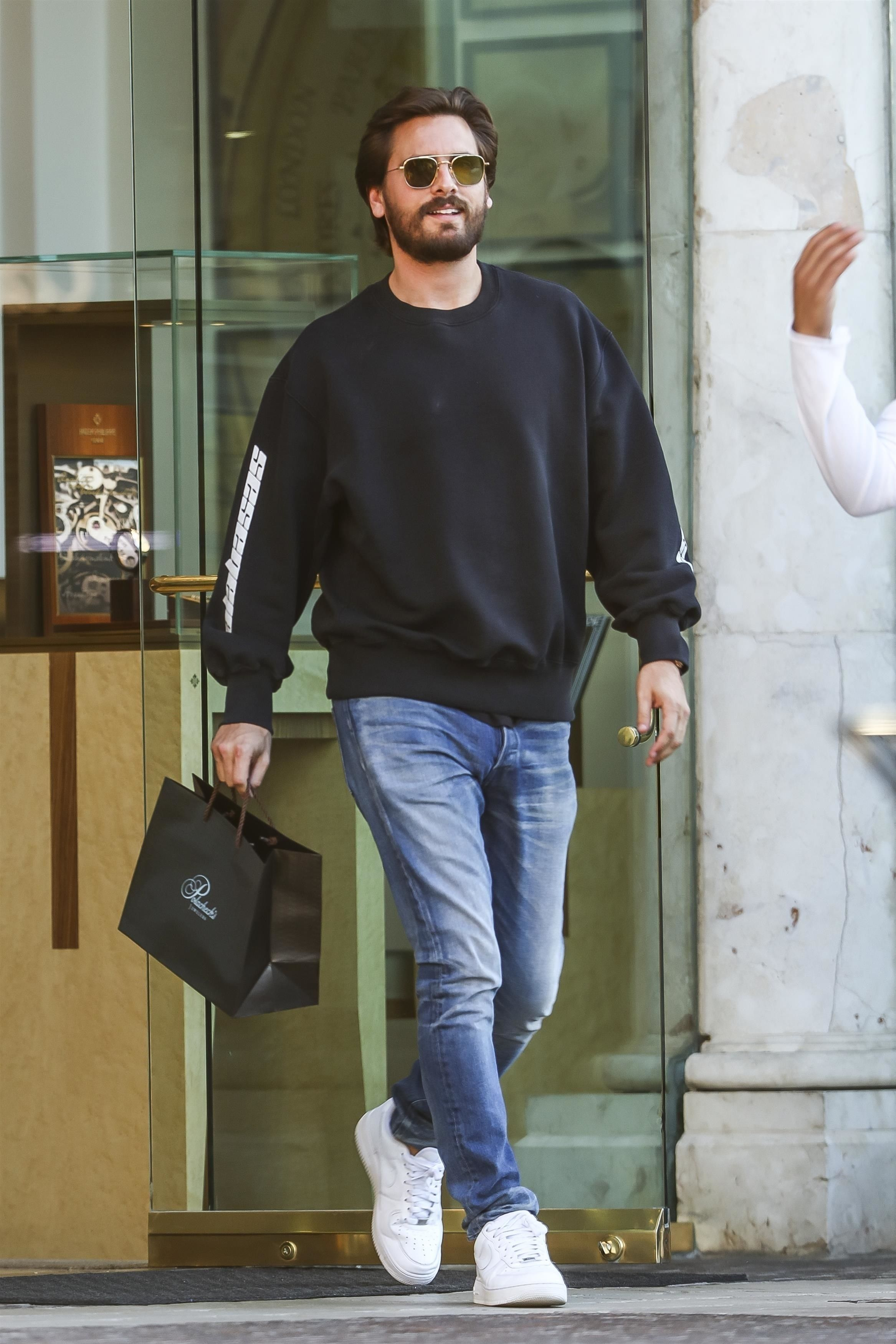 Scott Disick Goes jewelry shopping on | Air force 1 outfit
