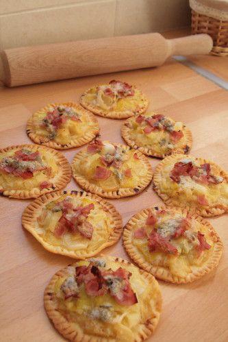 Tartelettes poireaux, bacon et bleu