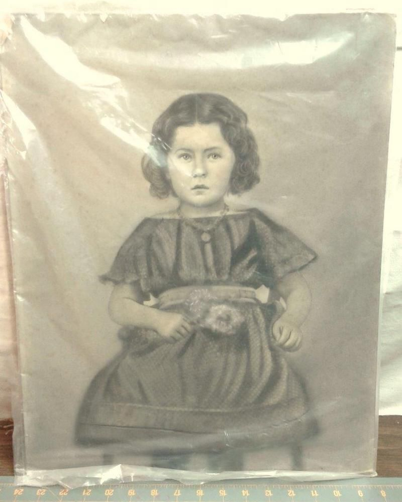Anal portrait drawing of young girl
