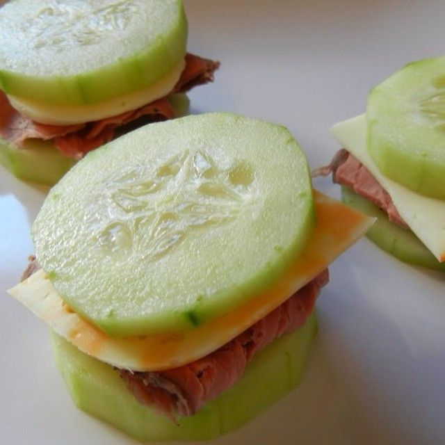 """Roast Beef & Cheese Cucumber """"Sandwiches"""" - Credit: ☀️@theworldaccordingtoeggface - Ingredients - Slices of Cucumber Cold Cuts (prefer low sodium Boar's Head brand) Sliced Cheese - Put it together: - Peel and slice cucumbers. 1 slice of cheese and meat makes about 4 """"sandwiches"""". You can spear them with a jazzy food pick for parties. For ease of assembly the day of a party (great weight loss friendly appetizers) or for a quickly made lunch during the week,pre-cut the cucumbers the ni..."""