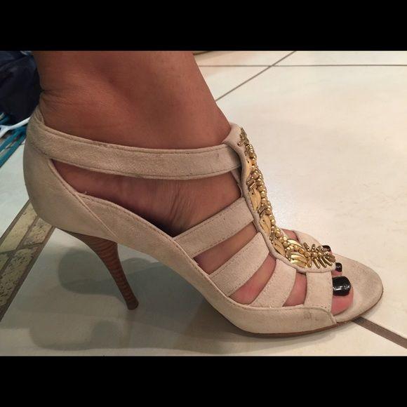 Saks fifth av sandals Saks fifth av sandals ggreat condition super cute still look great! Shoes Sandals