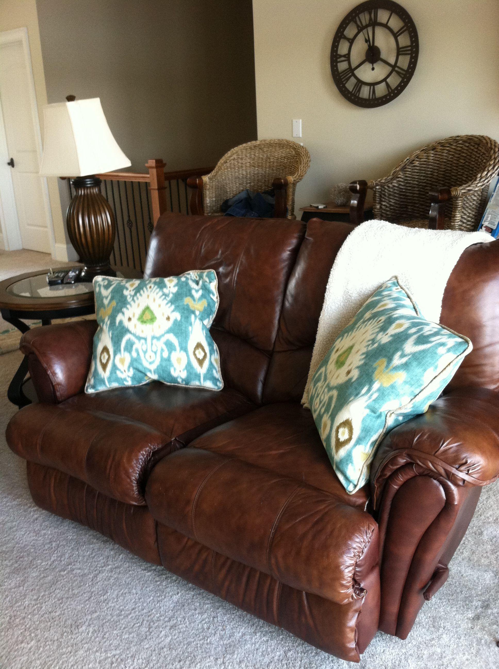 Custom Throw Pillows Designed By Laurel Home Furnishings In Richmond Hill Ga