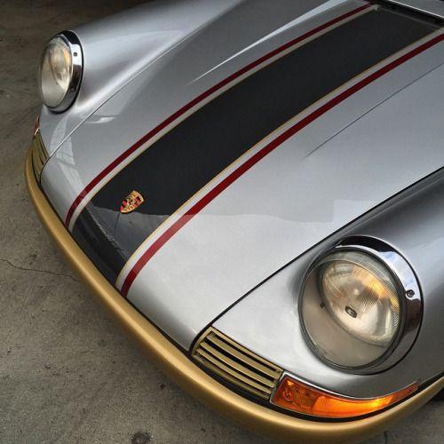 Magnus Walker / 65-911 Paint by Matt @alchemy_paint.More cars here.