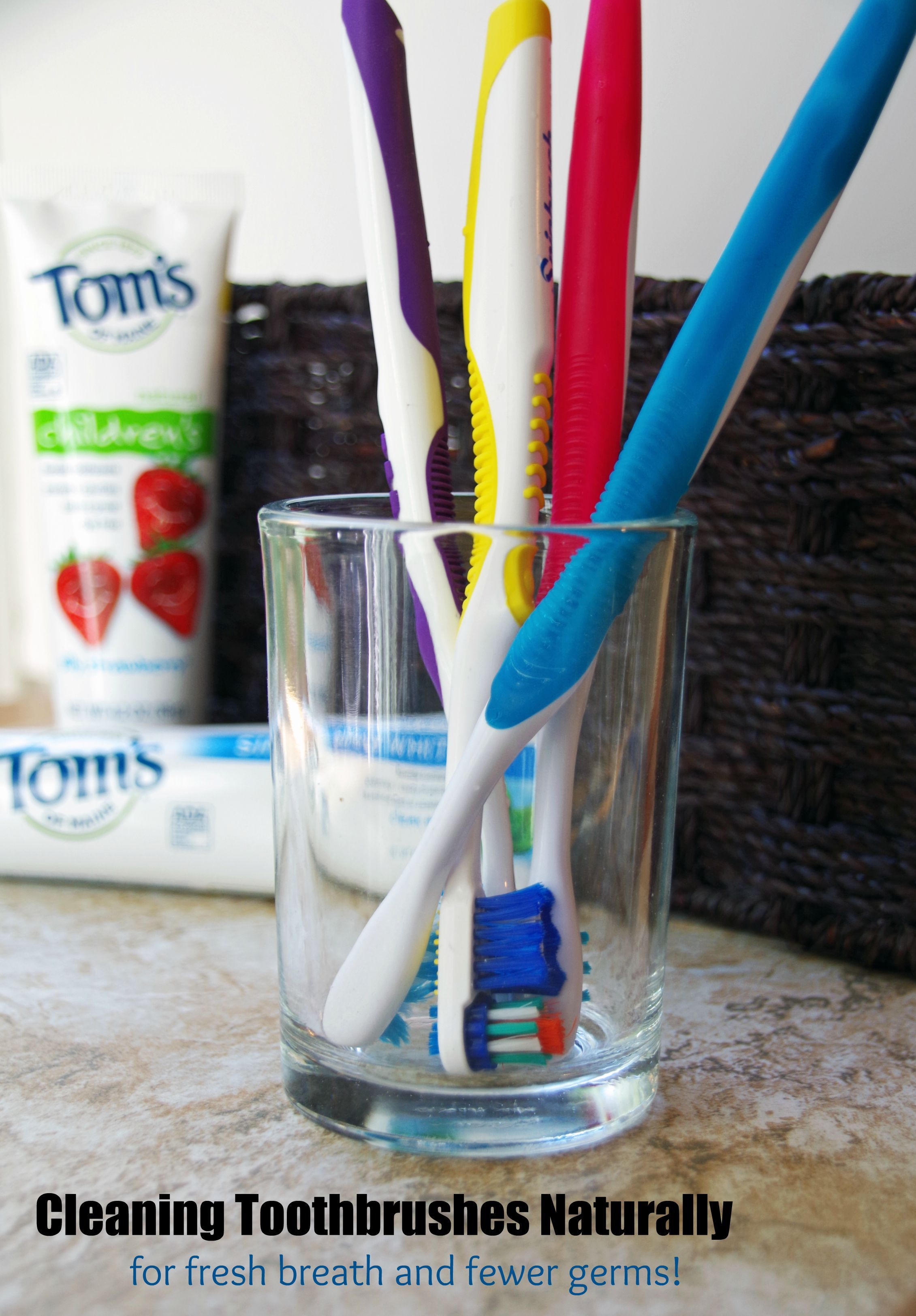 Cleaning toothbrushes naturally for fresh breath and fewer