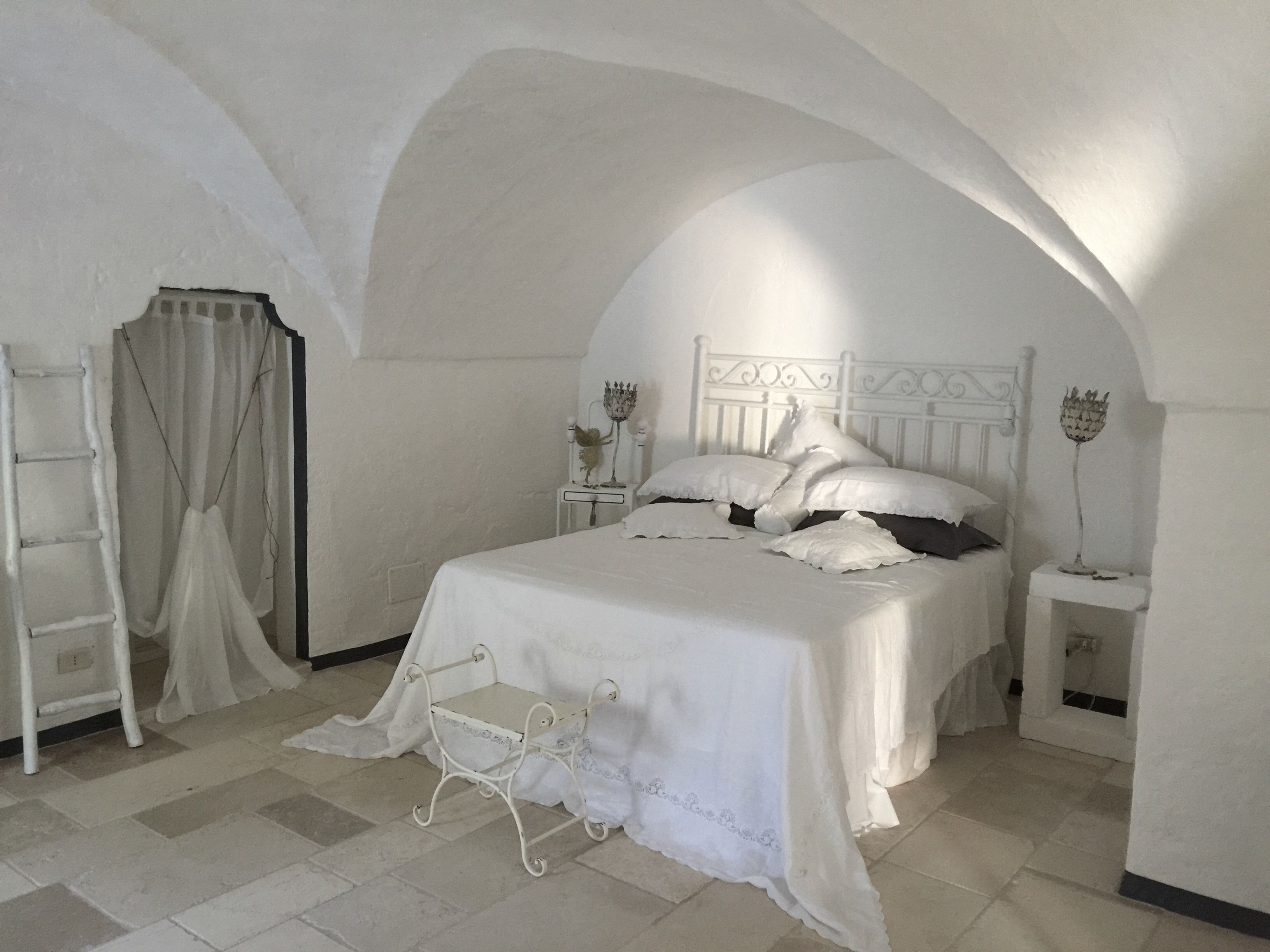 temporary #bedroom #Masseria #mood