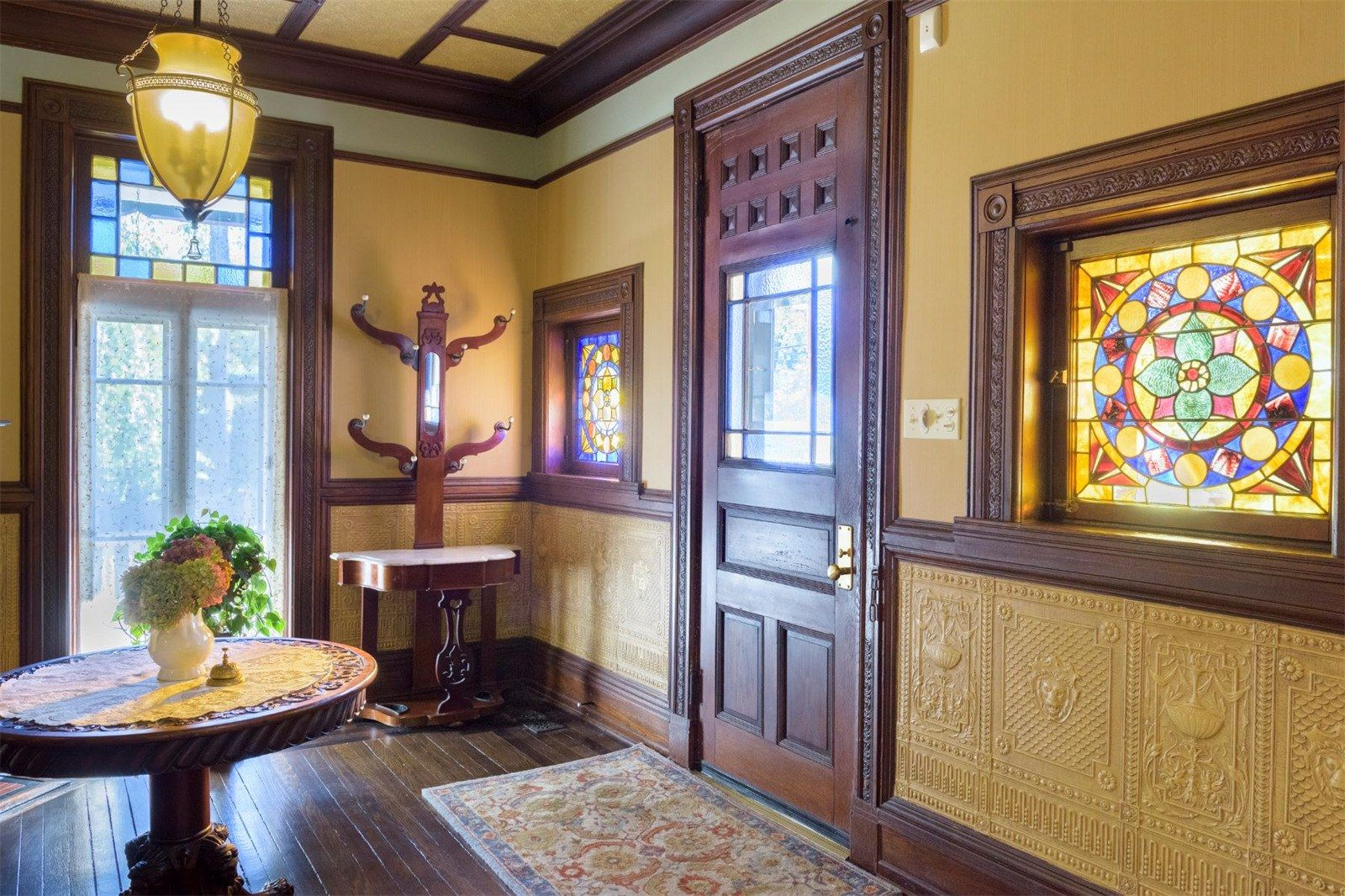 52m queen anne victorian in nyack comes with its own