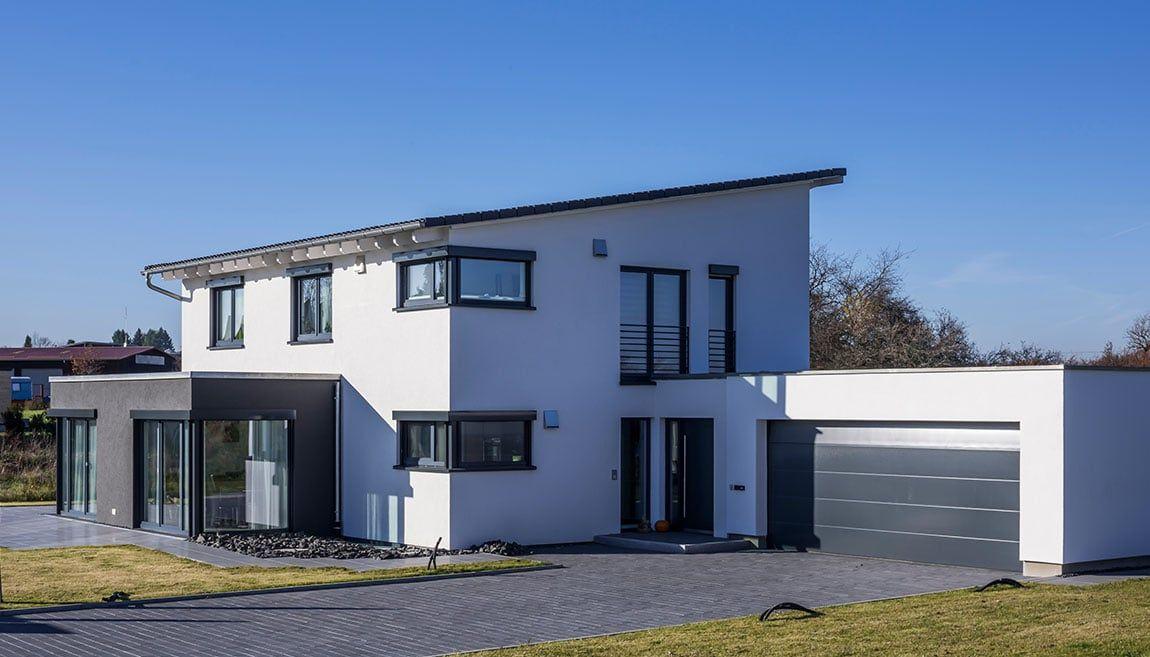 Doppelgarage modern pultdach  Individuelles Holzfertighaus, Architektenhaus mit Pultdach ...