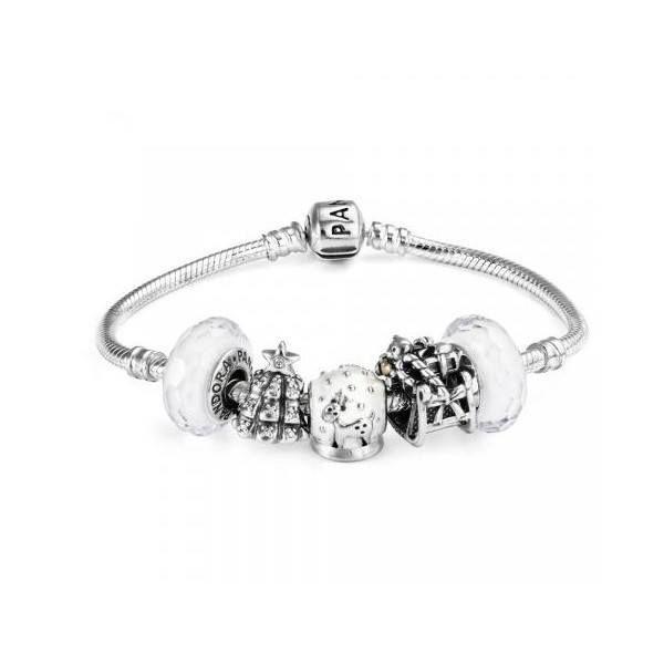 Ce superbe bracelet Pandora blanc est élégant, intemporel et ...