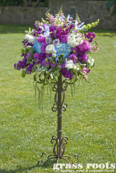 Pin By Kathy Hevrin On Wedding Ideas Wedding Flowers Flower Stands Flower Arrangements