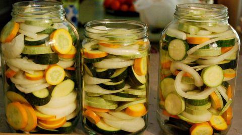 Refrigerator Zucchini Pickles I Ll Have Mine On A Veggie Burger