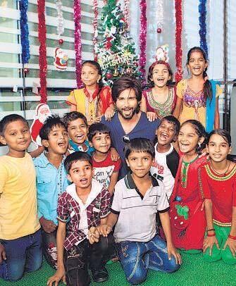 Shahid Kapoor FC   Shahid Kapoor   Shahid kapoor, Twitter, Celebrities
