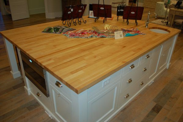 Butcher Block Kitchen Island With Sink : Islands with Sinks in Them ... tops on this kitchen island gives this island warmth and ...