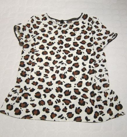 Je viens de mettre en vente cet article  : Blouse Zara 18,00 € http://www.videdressing.com/blouses/zara/p-5523498.html?utm_source=pinterest&utm_medium=pinterest_share&utm_campaign=FR_Femme_V%C3%AAtements_Hauts_Blouses+%26+Chemises+_5523498_pinterest_share