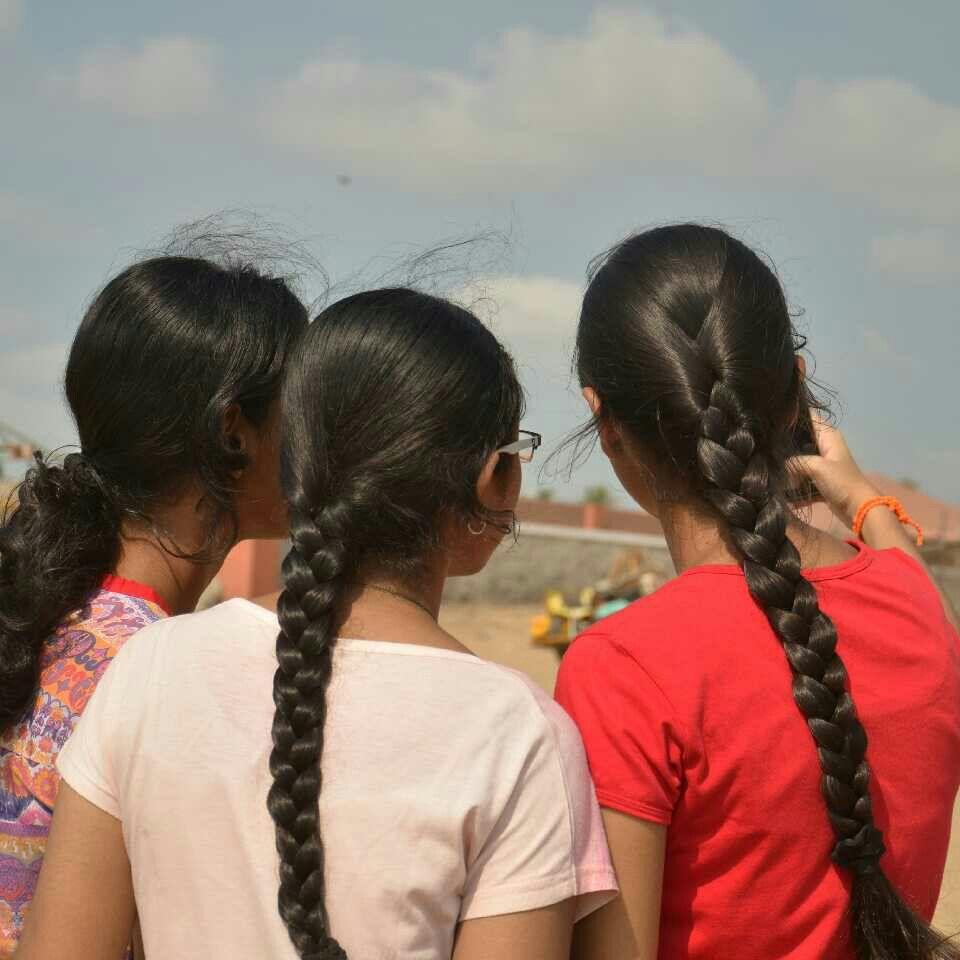 Indian school girls with oiled single braid 😍🔥 | Braids ...