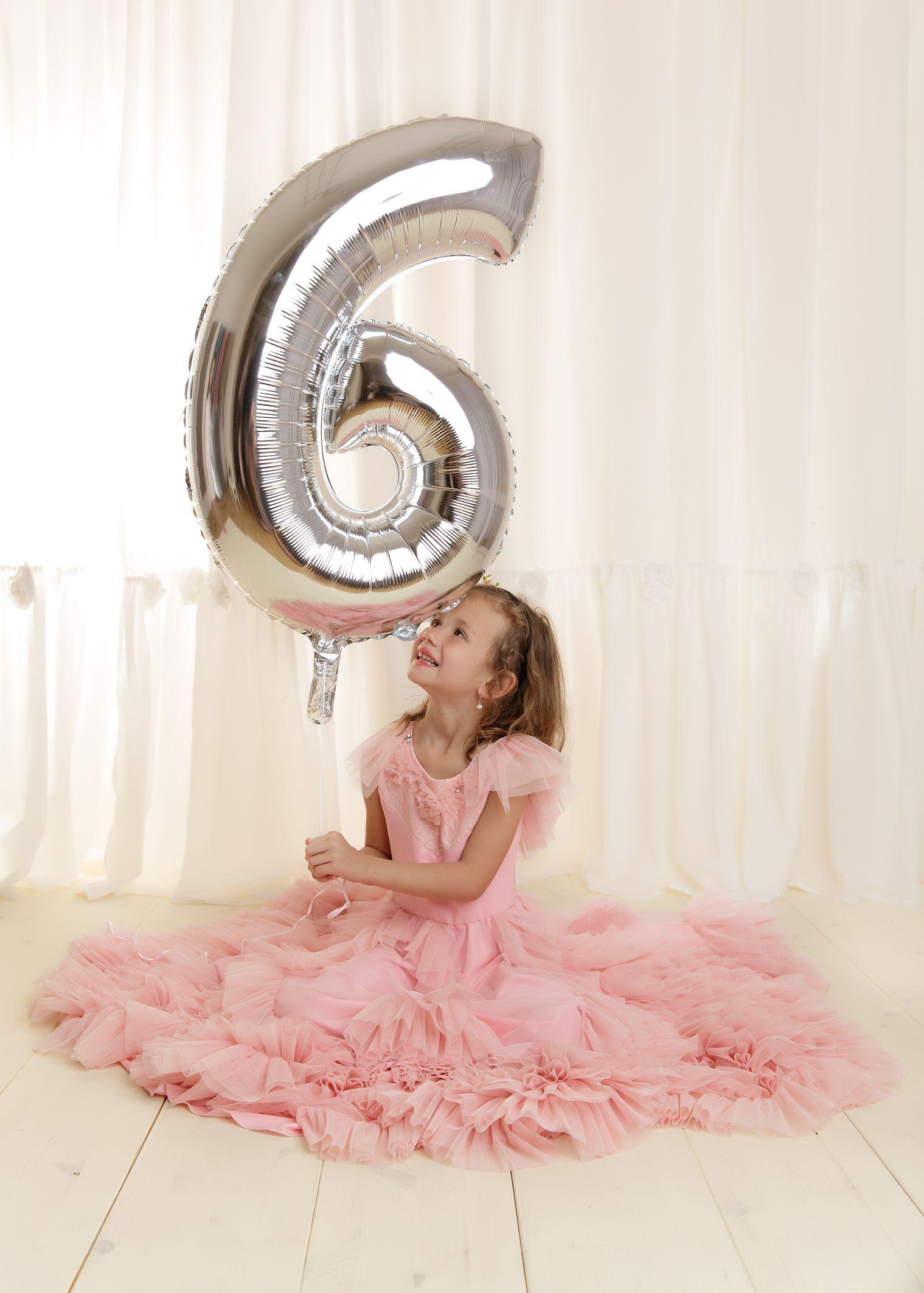 Madchen Im Kleid Fotoshooting Fotoshoot Zum 6 Geburtstag Ideen