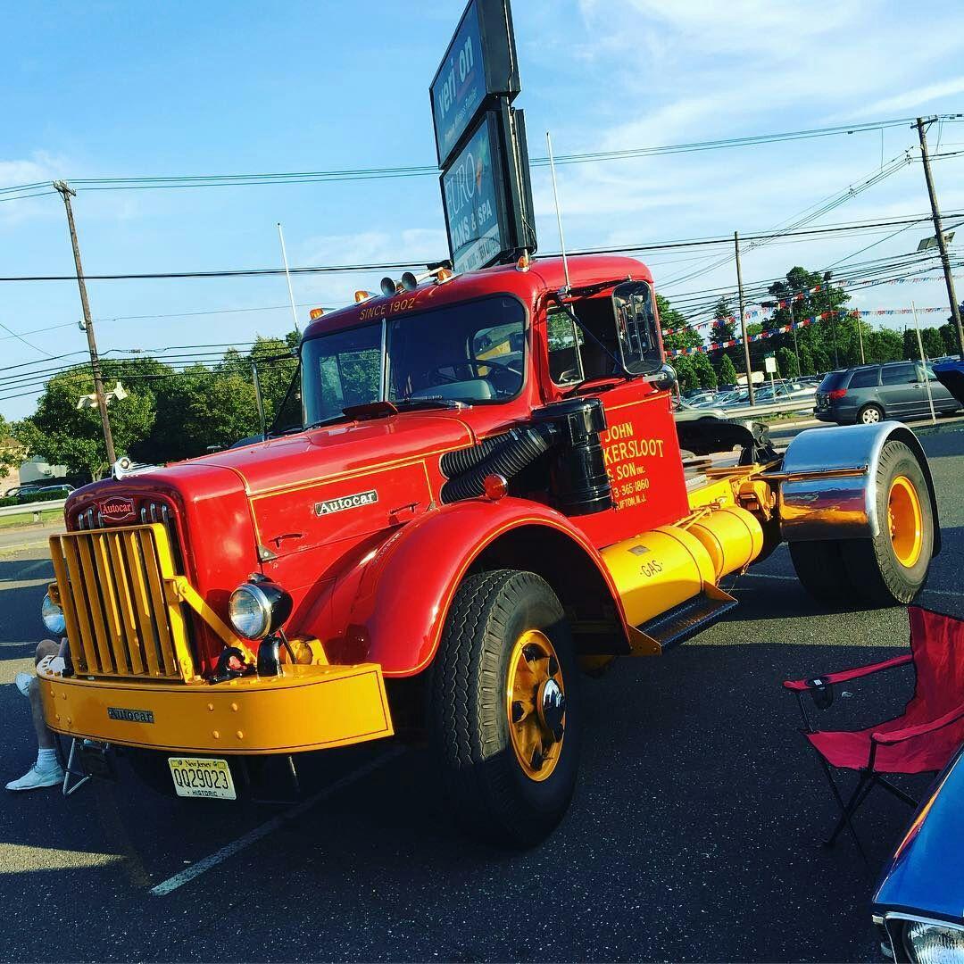Semitrckn 1954 Autocar classic Trucking Trucks