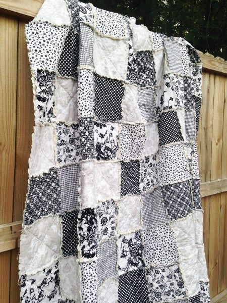 Queen Size Quilt Rag Date Night Black White Light Gray