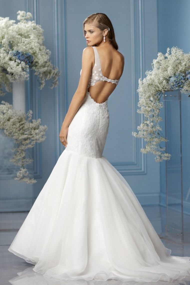 Y V Neck White Mermaid Open Back Organza Wedding Dresses