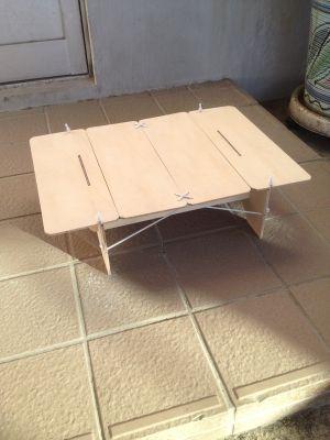 ローテーブル 自作 ウルトラライト ベニヤバージョン おじさん達の趣味と本業 キャンプ用テーブル ローテーブル 折りたたみ家具