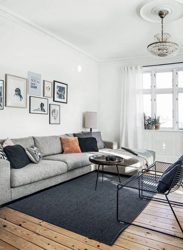 Best Scandinavian Apartment With Wooden Floors Mid Century 640 x 480