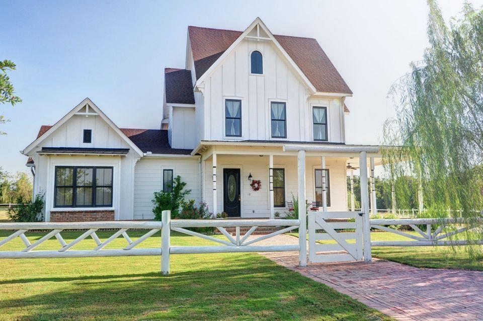 Iowa Brick Farmhouse Google Search Riha Manor Project