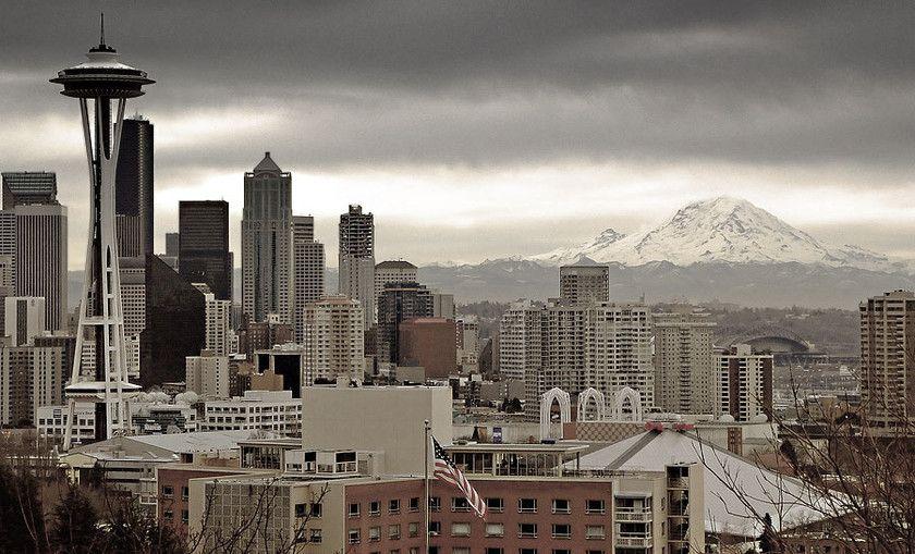 Seattle Rainy Day Seattle, Seattle skyline, Cityscape
