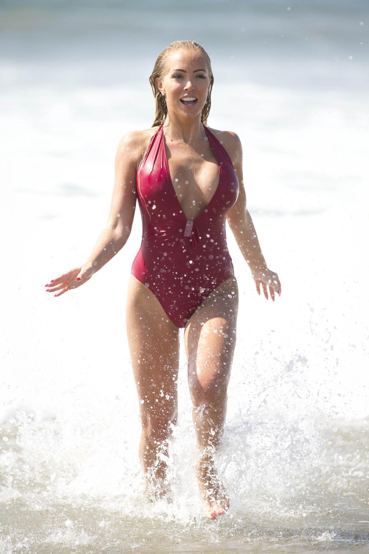 Topless Bikini Aisleyne Horgan-Wallace naked photo 2017