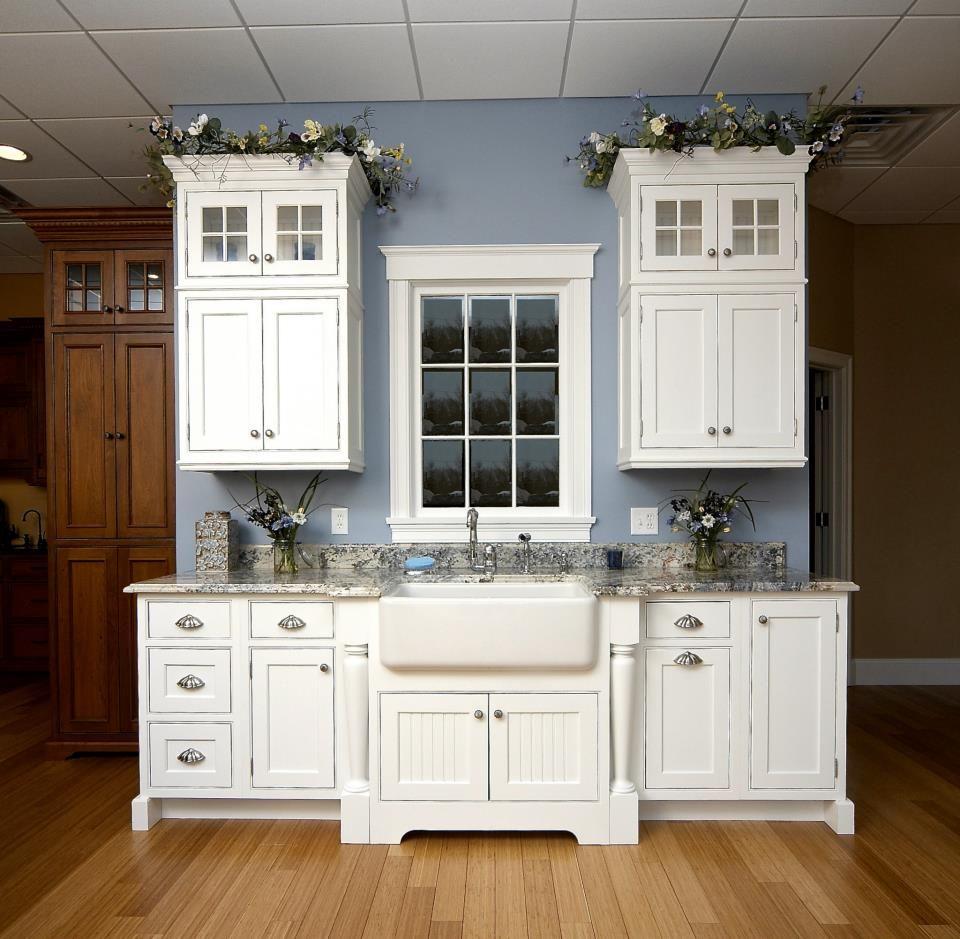 Kitchen Cabinet Showrooms: Michael James Design Showroom
